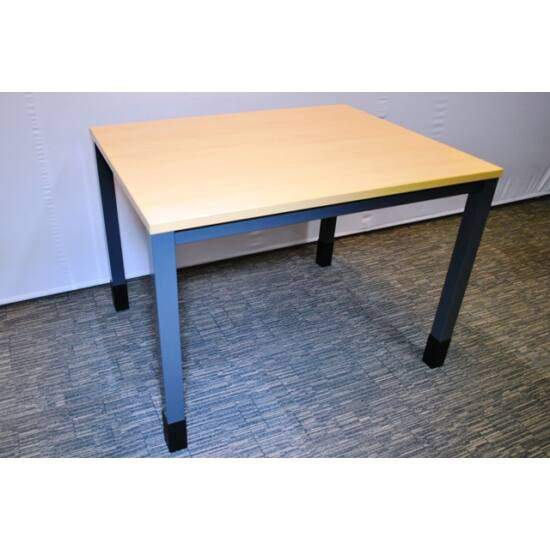 Egyenes asztal - QUBA   ( D-1000 )