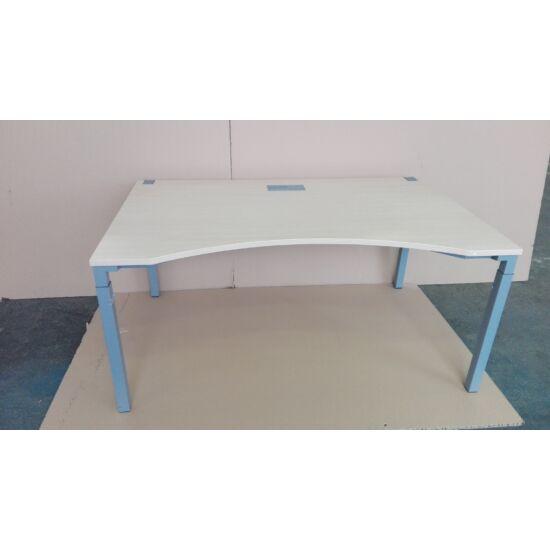 Steelcase íves kalidro asztal GE-06