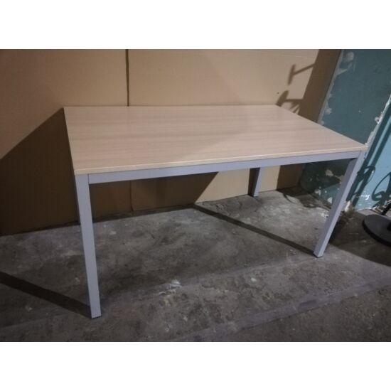 Íróasztal DI-100