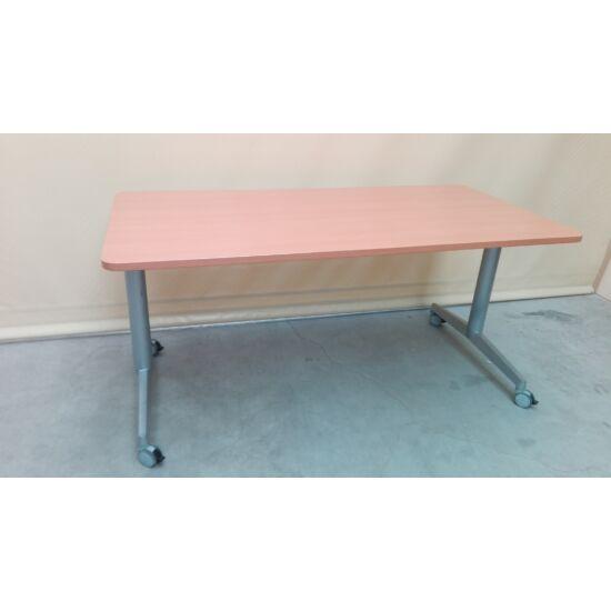 "Steelcase ""Flip-Top"" asztal MC-04"
