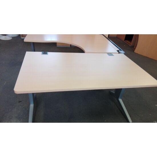 Steelcase Fusion íróasztal EY-19/F