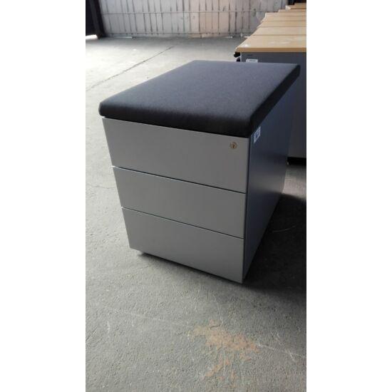 Steelcase  Implicit ülőlapos  görgős konténer  GE-05