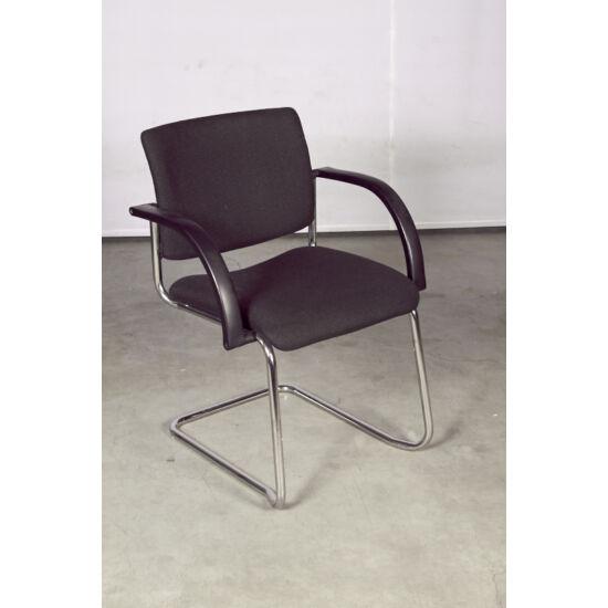 Vendég szék szánkótalppal rakásolható   LO-24