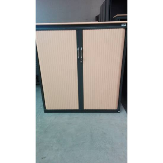 Steelcase Redőnyajtós szekrény DIA-005