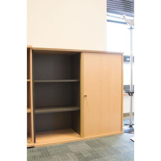 2 polcos tolóajtós szekrény + Függőmappatartó- LH-04