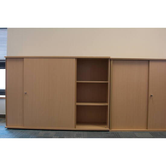 2 polcos tolóajtós szekrény  - LH-05