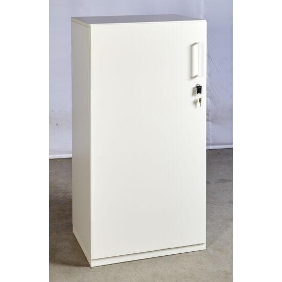 Laminált nyílóajtós szekrény  D-10