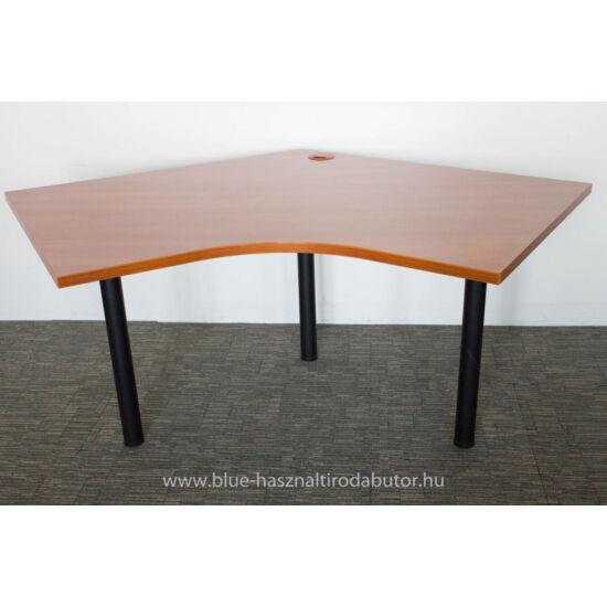 V alakú asztal - VE-310